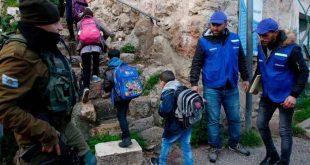 1 1226280 310x165 - بعد طرد المراقبين من الخليل.. حل فلسطيني لحماية الأطفال