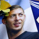 نعي لاعب كارديف سيتي إيميليانو سالا بعد استخراج جثته من طائرة في قاع البحر