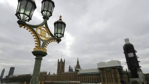 .jpg - وقوع لندن مع أوكرانيا من خلال تصادم سيارة بالسفارة الاوكرانية في لندن